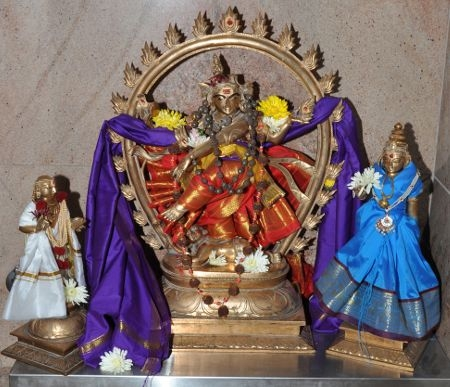 Sri_Nataraja-Sivakami-Manikkavachaka